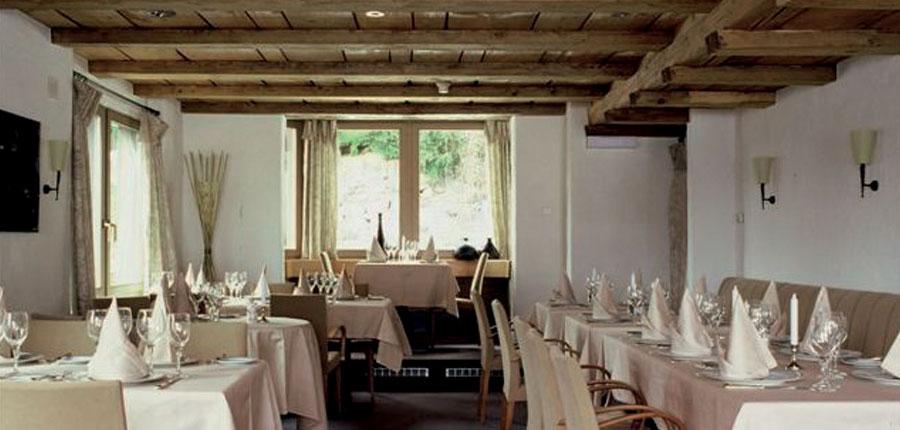Switzerland_Wengen_Hotel-Caprice_Restaurant.jpg